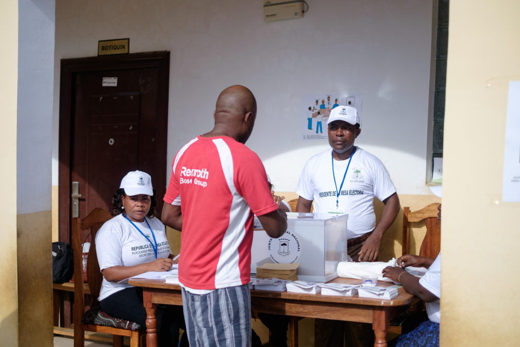 elections-equatorial-guinea-2016-1-1024x683 Election Day in Equatorial Guinea